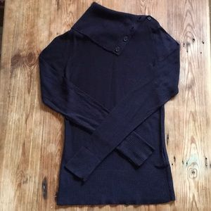 French Connection fine knit sweater w/ folded neck